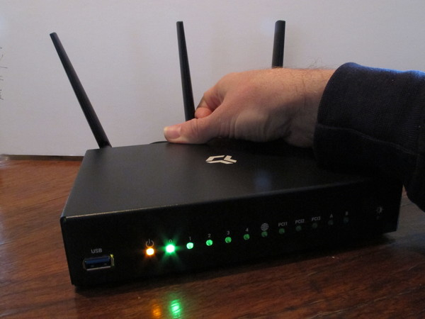 The Omnia router about to rollback to latest snapshot